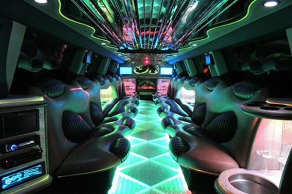 Hummer limo rental 2 Council Bluffs
